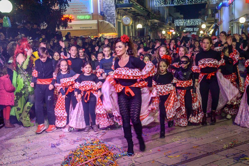 Άρτα: Εντυπωσιακό και φέτος το καρναβάλι γυναικών